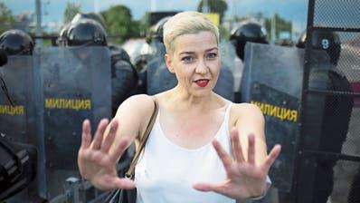 Maria Kolesnikowa war die letzte Vertreterin des politischen Frauen-Trios, die in Weissrussland geblieben ist.)