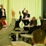 Im Uristiersaal wird in denLandratssessionen bei Abstimmungen von Hand ausgezählt. (Bild: Urs Hanhart (Altdorf, 18. Mai 2020))