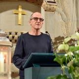 Präsident Thomas Siegfried führt durch die Kirchgemeindeversammlung in der evangelischen Kirche. (Bild: Mario Testa (Weinfelden, 11. Januar 2021))