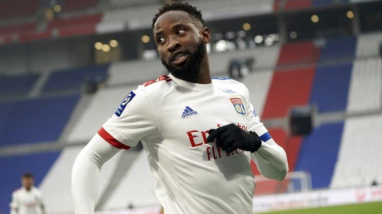 Moussa Dembélé wird bis Ende Saison vom französischen Erstligisten Olympique Lyon ausgeliehen. (Keystone)
