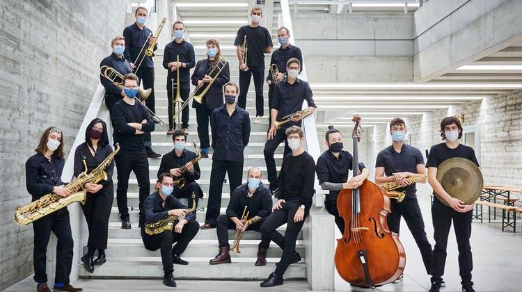 Nahm wie die anderen Ensemble sein Programm im Neubau beim Südpol auf und geht damit am Festival online: Big Band der Musikhochschule Luzern. (Ingo Höhn)