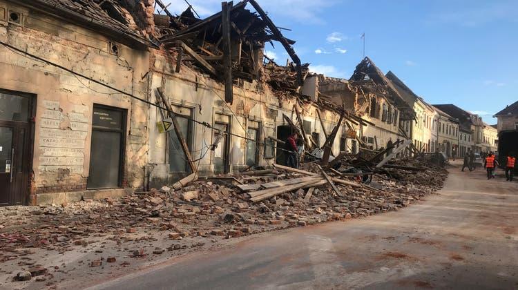 Bild der Verwüstung: Die Schäden in der zentralkroatischen Region Sisak-Moslavina sind gross. (Keystone)