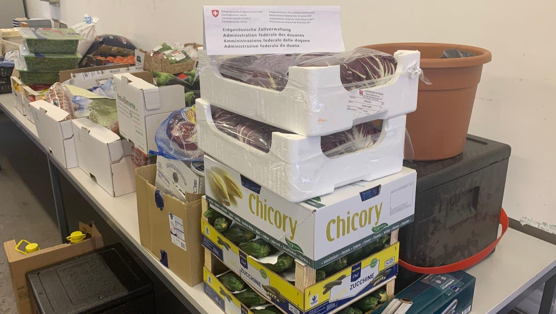 Die Zollverwaltung beschlagnahmte rund1400 Kilogramm Lebensmittel beim Chauffeur. (Eidgenössische Zollverwaltung)