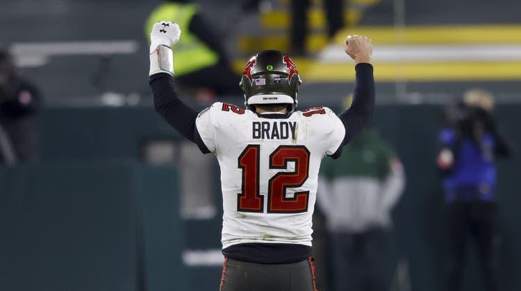 Tom Brady von den Tampa Bay Buccaneers hat die Qualifikation für den Super Bowl zum zehnten Mal geschafft. (AP)