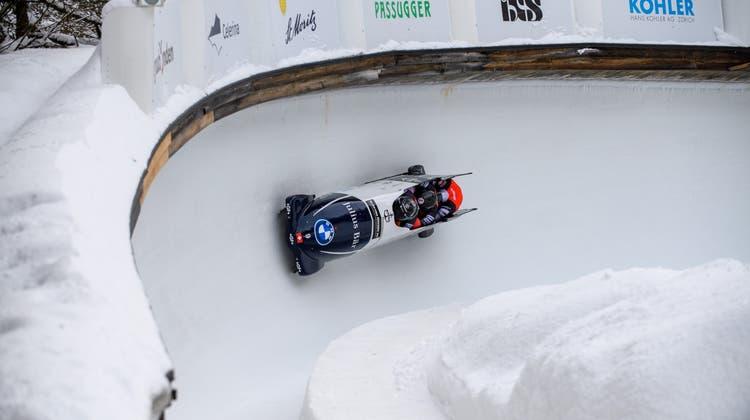 Der Viererbob des Bobteam Vogt im Eiskanal an der Junioren-Weltmeisterschaft in St. Moritz. (freshfocus)