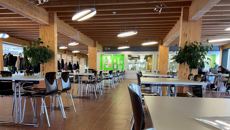 Nach den Ferien testet die Kantonsschule Wil im Aufrtag des Kantons zwei Raumluftreinigungsgeräte. (Bild: Simon Dudle (26. Januar 2021))