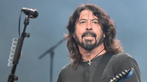 Dave Grohl. Die Foo Fighters mit Dave Grohl (2. v. r.) melden sich zurück. (Bild: Getty Images Bild: Sony Music)