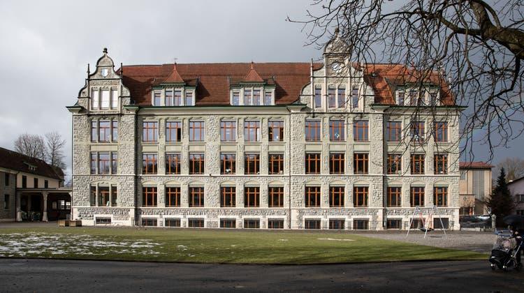 Das Maihof-Schulhaus bleibt nächste Woche nach einem Coronavirus-Ausbruch geschlossen. (Bild: Manuela Jans-Koch (Luzern, 29. Januar 2021))