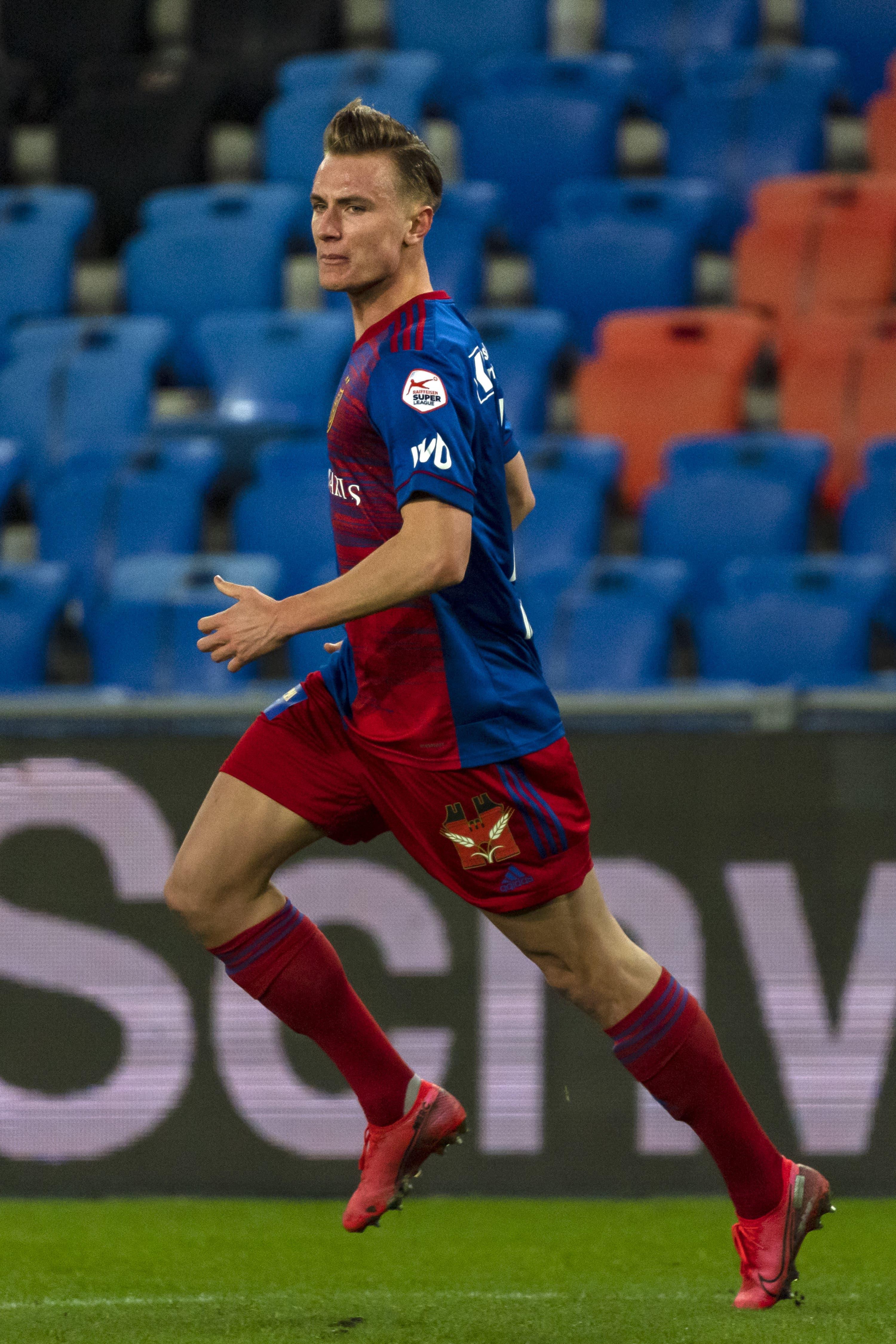 Jasper van der Werff erzielt den wichtigen Ausgleich in der 90. Minute. Er kam erste spät für den verletzten Andrea Padula ins Spiel.
