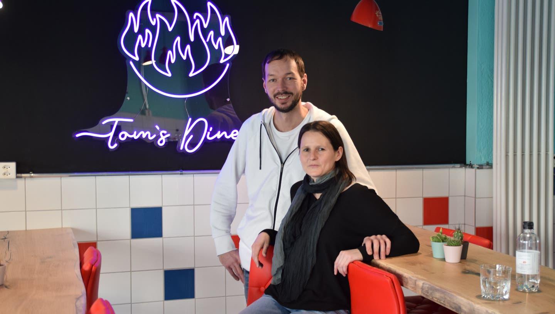Dieses junge Aargauer Paar bereitet Burger für Leib und Seele zu