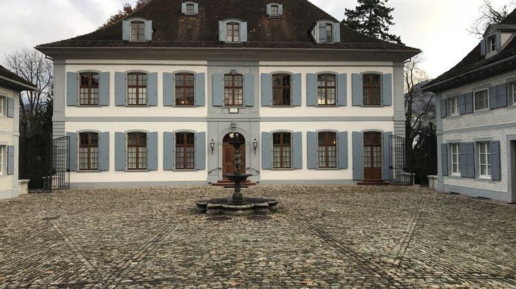 Es kommt wieder Leben ins Schloss Ebenrain