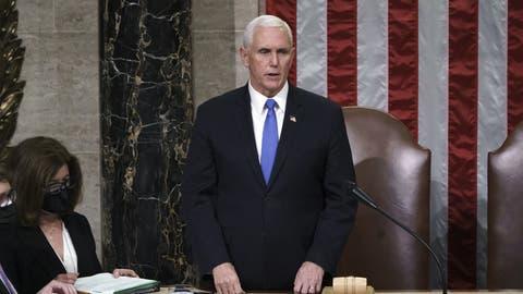 Macht seit Mittwoch einen regelrechten Sinneswandel durch: Vizepräsident Mike Pence. (J. Scott Applewhite / AP)