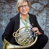 Die Präsidentin des Thurgauer Kantonal-Musikverbands Ruth Gubler spielt seit über 20 Jahren Waldhorn. (Bild: Reto Martin)