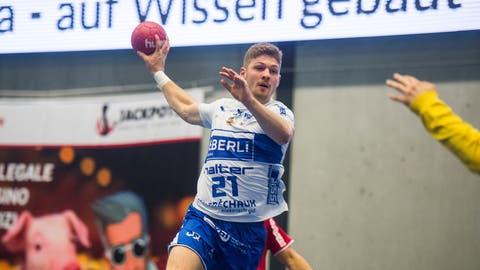 1,86 Meter gross, 91 Kilogramm schwer: Ramon Schlumpf in Aktion. (Dominik Wunderli)
