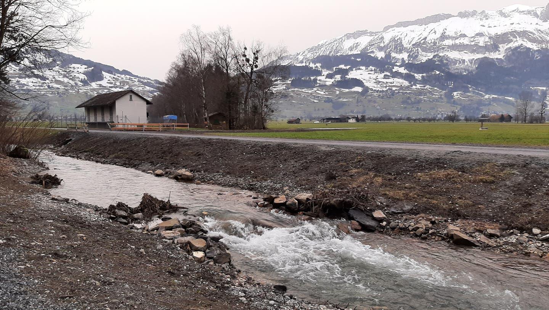 Im Grabser Riet: Batterien aufladen zwischen Bergen und Bächen