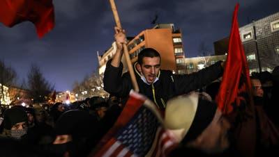 Anhänger feiern den Sieg. (Foto: Keystone)