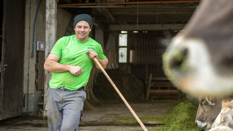 Stadtrat Andreas Elliker ist schon ein Siebensiech. Hier ein Bild auf seinem Bio-Landwirtschaftsbetrieb. (Bild: Reto Martin)