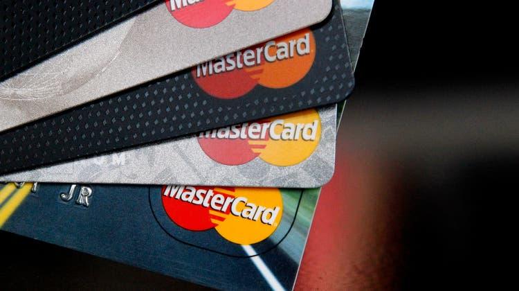 Die Wettbewerbskommission (Weko) hat eine Untersuchung gegen Mastercard eröffnet. (Keystone)