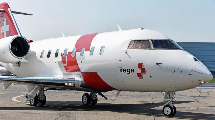 Rettungsaktion wegen Corona: Schweizer Diplomaten mit der Rega evakuiert