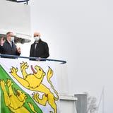 Bundesrat Alain Berset (rechts) mit dem Thurgauer Regierungsrat Urs Martin auf der MS Thurgau. (Donato Caspari)