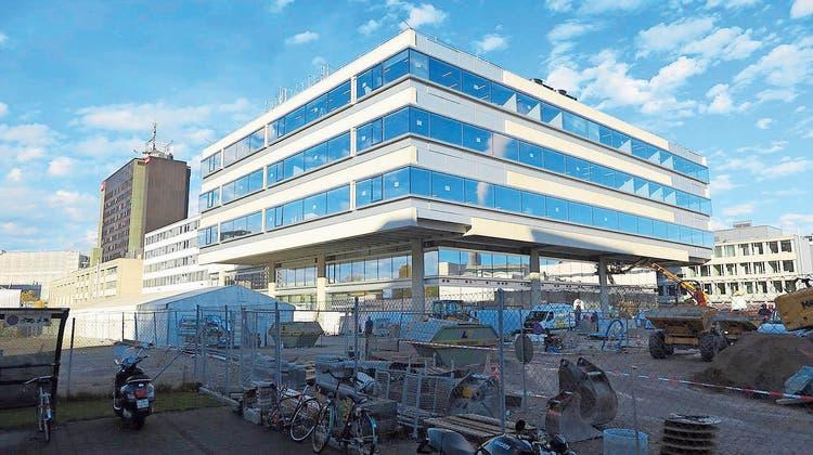Pannen ohne Ende: Dasneue News- und Sportcenter von SRF in Zürich. (SRF)