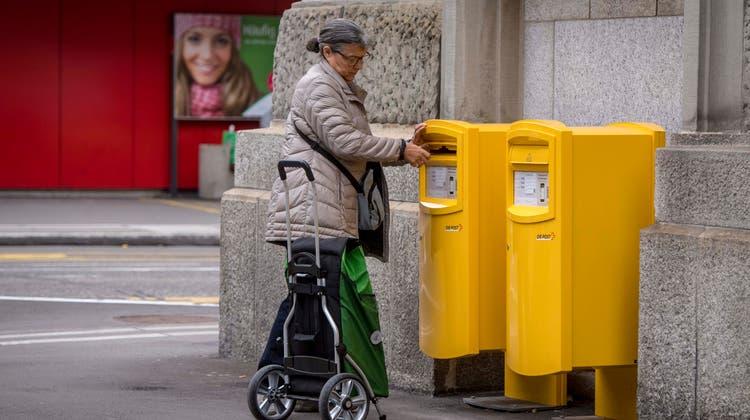 Was soll die Post nach 2024 noch wo anbieten? Diese Debatte muss die Schweiz in den nächsten Jahren führen. (Benjamin Manser)