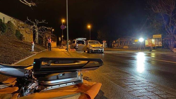 Bei einem Auffahrunfall in Küsnacht wurde eine 23-jährige Autolenkerin verletzt. (Kantonspolizei Zürich)