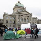 «Es geht um unsere Zukunft»: Klimaaktivisten besetzen den Bundesplatz – und wollen bis Ende Woche bleiben