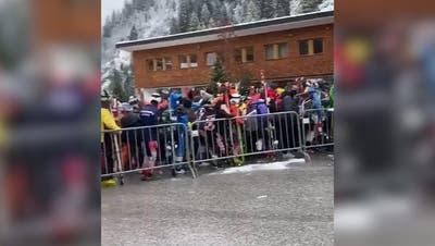 Tirol: Bilder von dichtgedrängten Schneesportlern erhitzen die Gemüter