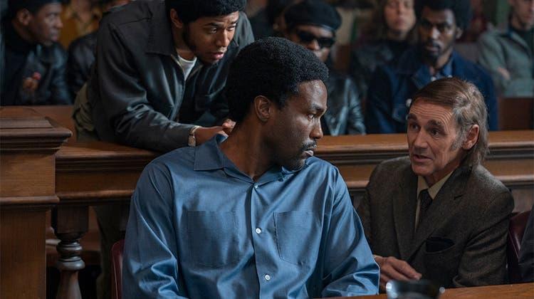 Der Netflix-Film «The Trial of the Chicago 7» kommt ins Kino:Nur die Menschlichkeit ist auf Seite der Rebellen