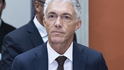 Trauerspiel geht weiter – Gerichtskommission verpasst es, Lauber sofort freizustellen