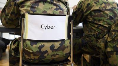 Die Armee rüstet online auf und will offline an mehr Anlässe