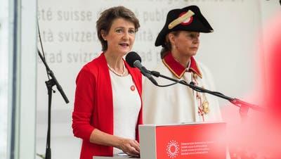 Sommaruga ehrt an Bundesfeier 54 Corona-Helden: «Ich hätte am liebsten die ganze Schweiz eingeladen»
