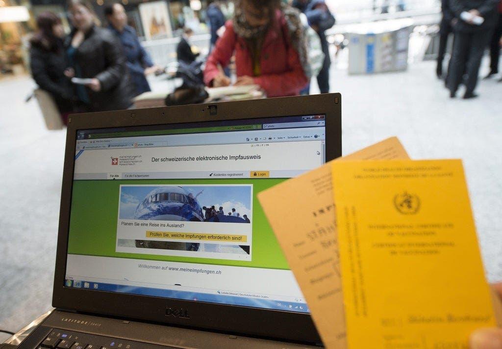 Coronavirus Eu Diskutiert Den Digitalen Impfpass Durfen Schweizer Bald Nur Noch Mit Zertifikat Ins Flugzeug