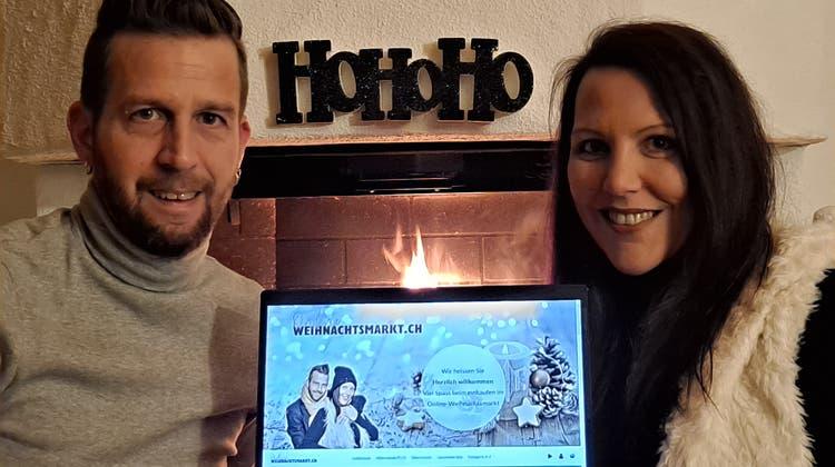 Glühweintrinken via Videochat: Ehepaar aus Muhen lanciert digitalen Weihnachtsmarkt