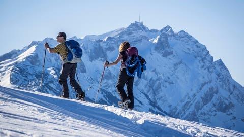 Skifahren und Corona? Vier Wintersport-Alternativen, um dem Virus in die weisse Natur zu entfliehen