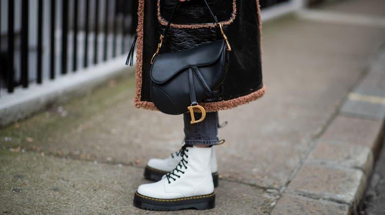 Die Boots von Dr. Martens standen langefür Punk und Rebellion. Mittlerweile haben die Stiefel einen modischen Kult-Status erworben. (Getty Images)