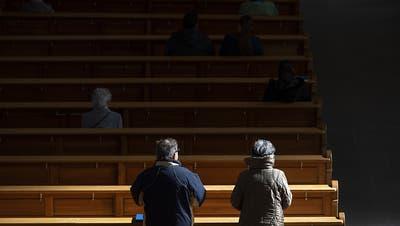 Hoffnung in der Krise: Haben die Kirchen während Corona die Chance genutzt, wieder mehr Menschen an sich zu binden?