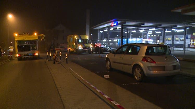71-Jähriger fährt Fussgängerin tot– Polizei sucht Zeugen