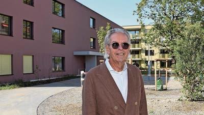 Wohlfühloase in Olivgrün und Weinrot – grosses Interesse an Alterswohnungen