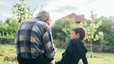 Für ältere Menschen ist das Corona-Virus am gefährlichsten: So schützen sich Senioren