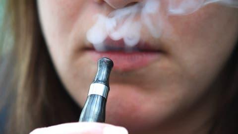 «Auch in der Schweiz besteht das Risiko einer E-Zigaretten-Epidemie unter Jugendlichen»