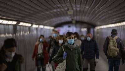 Warum 1'714'000 Atemschutzmasken die Katalanen auf die Palme bringen