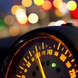 193 km/h! So schnell wurde noch kein Raser im Zurzibiet geblitzt – seinen geliebten Mercedes ist er los