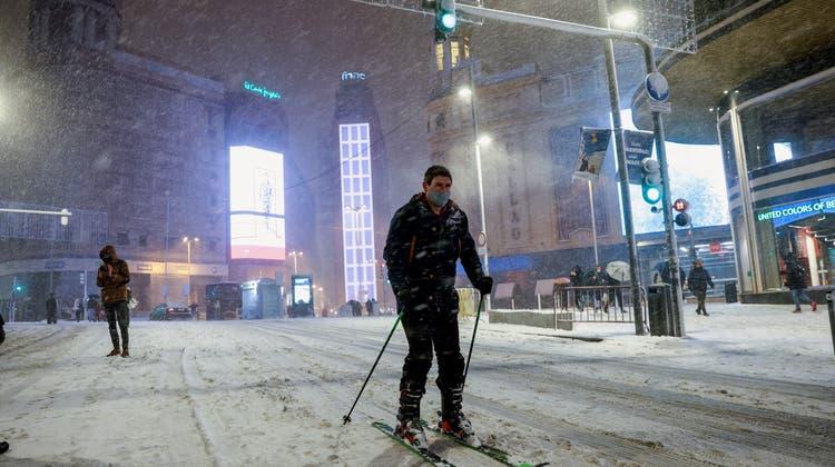 Schneesturm stürzt Spanien ins Chaos– mindestens drei Tote