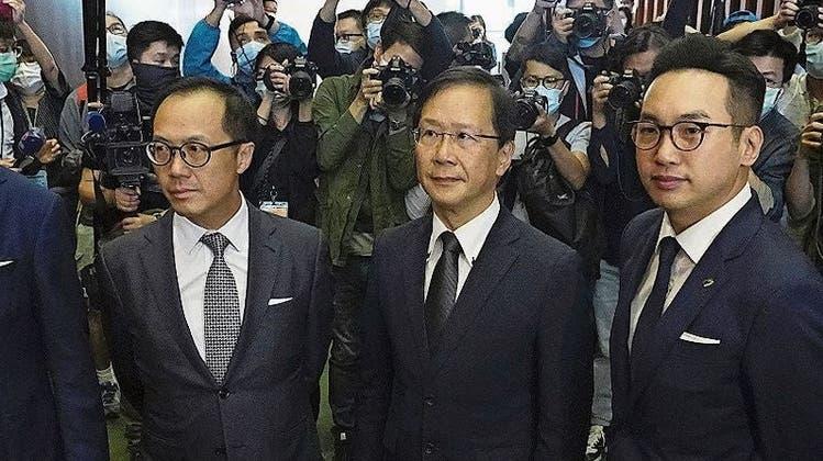 Demokratie wird weiter beschnitten: China versetzt Hongkongs Opposition den Todesstoss