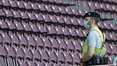Mehr Zuschauer in den Stadien in der kommenden Saison? Wegen der zunehmenden Ansteckungs-Zahlen ein Irrglaube