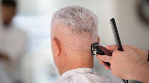 Wegen Coronakrise: Glatzen sind jetzt die neuen Trendfrisuren