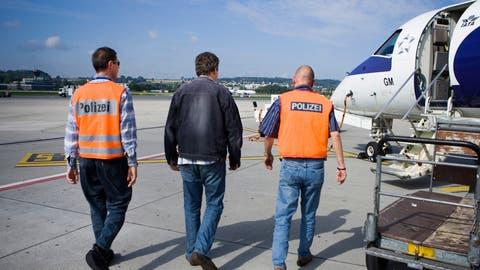 Grosse Unterschiede bei Ausschaffungen: Luzern weist neun von zehn kriminellen Ausländern aus - Zürich nur jeden zweiten