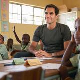 Match in Africa: Wie viel Geld Roger Federer selber in seine Stiftung investiert